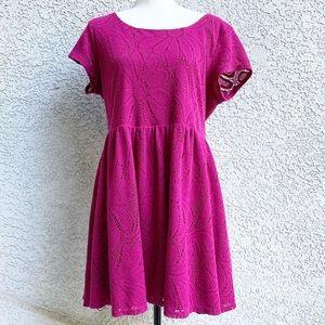 • LC Lauren Conrad Magenta Daisy Mini Dress XL •